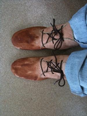 靴教室・仮靴2足目の試し履き
