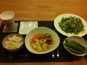 7月29日の夕飯、ポトフと鯛のカルパッチョ風とオクラのマリネ