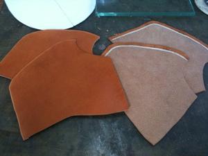 靴教室・本番の皮でパーツ作り