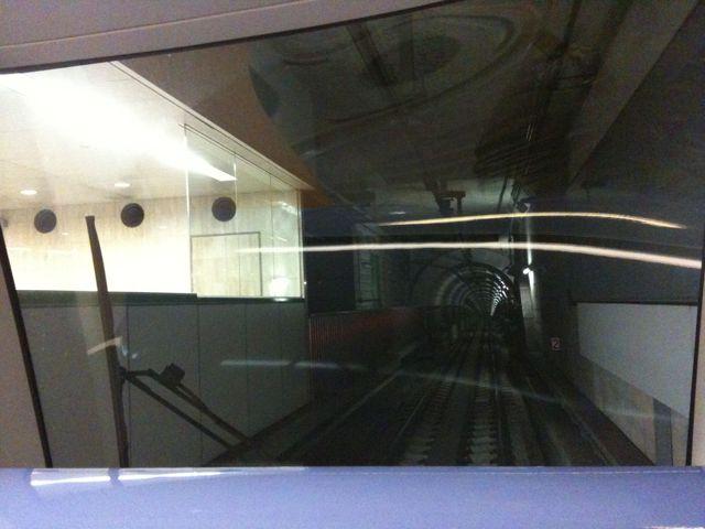地下鉄にて